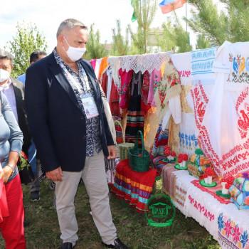 Филипп Боссан знакомится с марийской культурой
